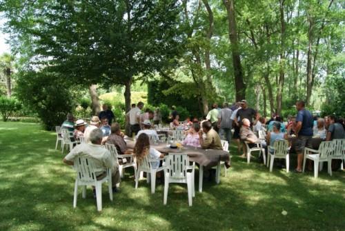 repas jardin restaurant le paradis du pape
